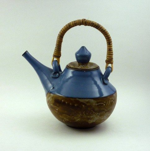 Blue and reticulating glaze teapot