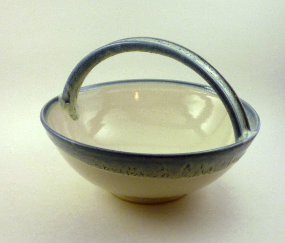 Snow on ice basket bowl